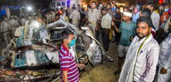 17 killed in bus accident in India