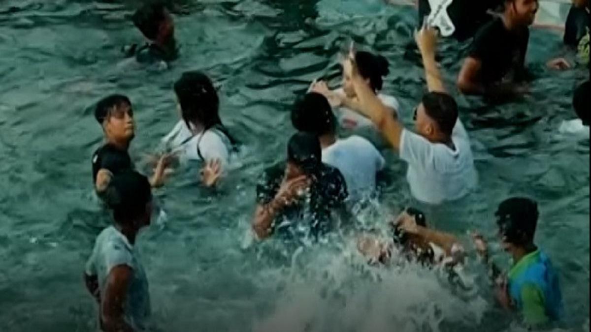 টিকটকাররা নারী পাচার করে পুলপার্টি থেকে