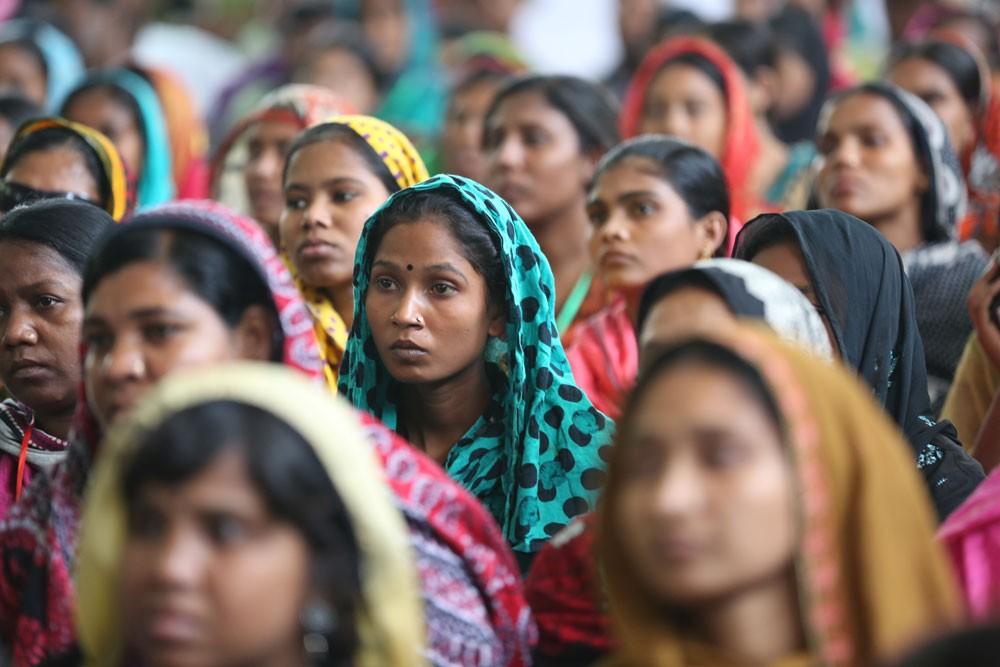 উন্নয়নের মূলস্রোতে তৃণমূলের নারীরা