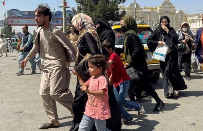 যুক্তরাজ্যের প্রতিশ্রুতি : ২০ হাজার আফগানকে আশ্রয় দেবে